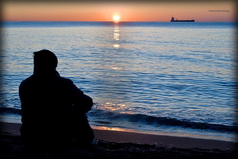 sentado con mi mar